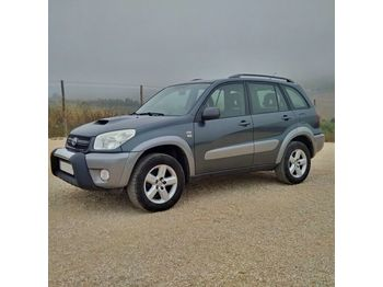 Лек автомобил TOYOTA RAV4 2.0 D4D 4X4 left hand drive manual gearbox air con