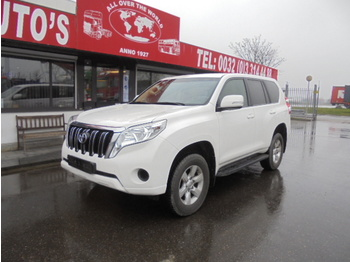 Лек автомобил Toyota Land Cruiser 150 4X4